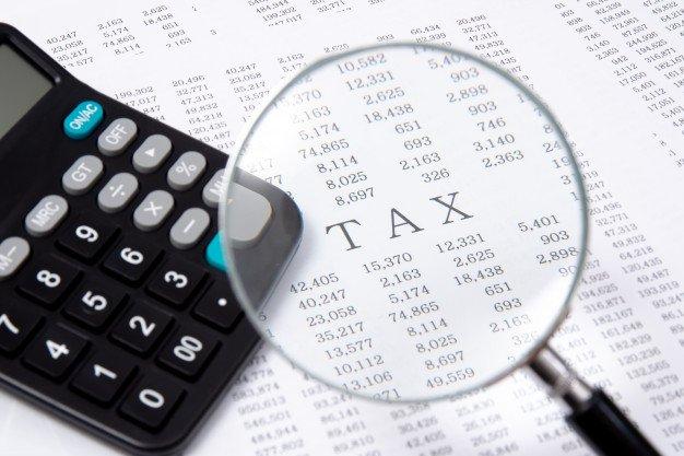https://thuedungnguyen.vn/wp-content/uploads/2019/12/calculator-financial-chart-financial_127345-162.jpg