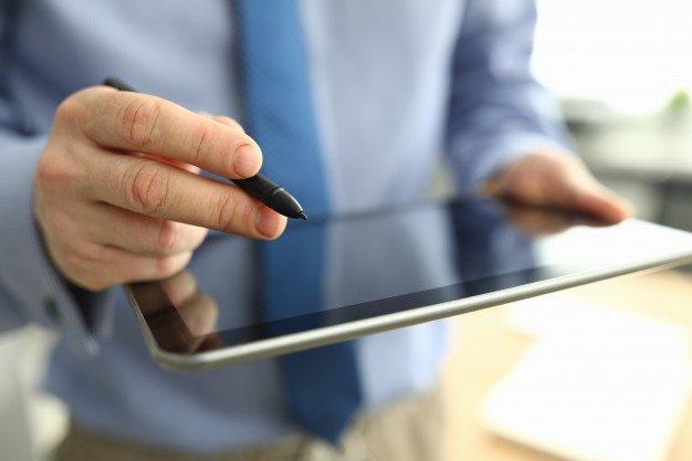 Chữ ký của người mua trên hoá đơn điện tử có bắt buộc hay không?