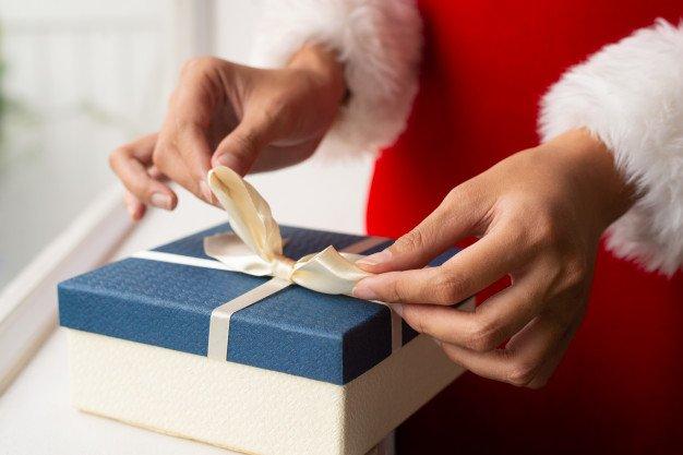 Hướng dẫn viết hoá đơn kê khai & hạch toán hàng biếu tặng